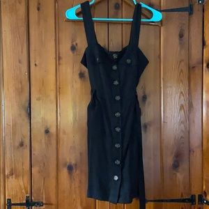 Black Button up belted dress 🌻